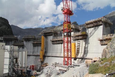 Le ventre d'Emosson Projet de centrale de pompage-turbinage « Nant de Drance »